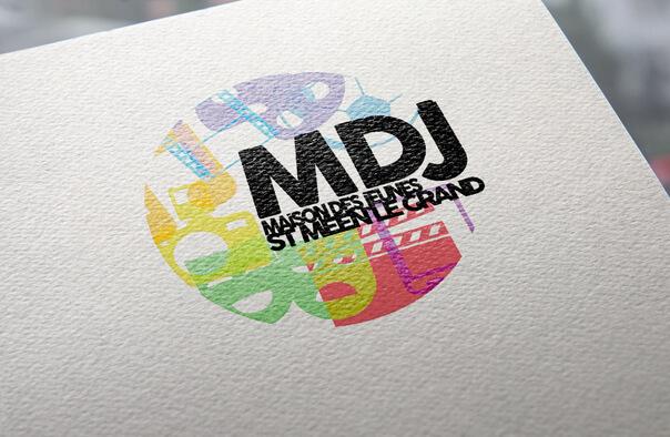 Je crée un logo moderne à votre image